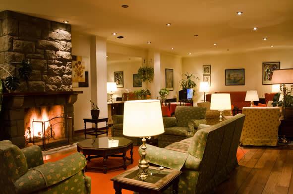 sala de estar hotel caupolican